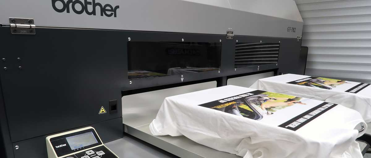 Digital garment printing machine